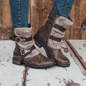 NWT Muk Luks Logan Round Toe Ankle Buckle Boots